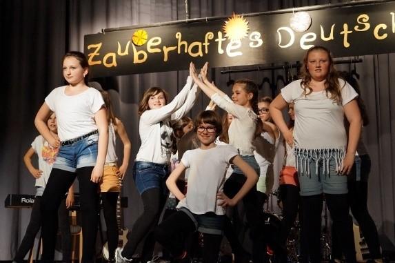 Tanzgruppe der Jahrgangsstufe 5
