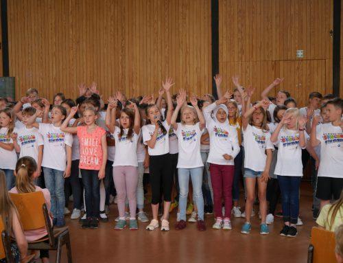 """Konzert """"Klasse! Wir singen!"""" brachte Schule zum Swingen"""