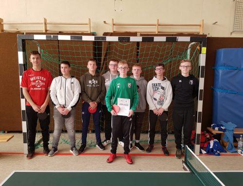 Schüler fuhren zum Tischtennis-Kreisentscheid nach Heskem
