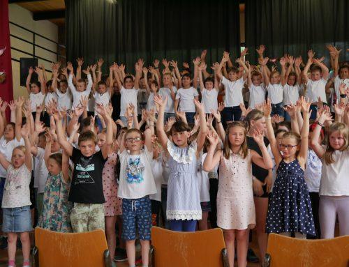 Grundstufenkonzert begeisterte Große und Kleine
