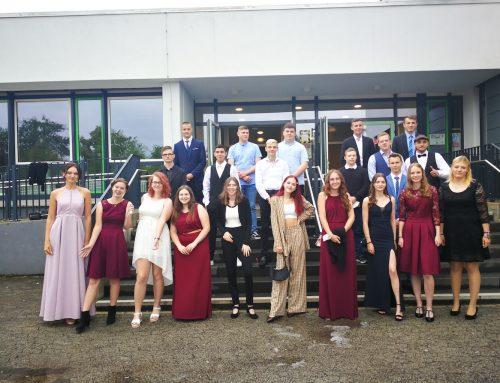 Martin-von-Tours-Schule gratuliert 42 Absolvent*innen